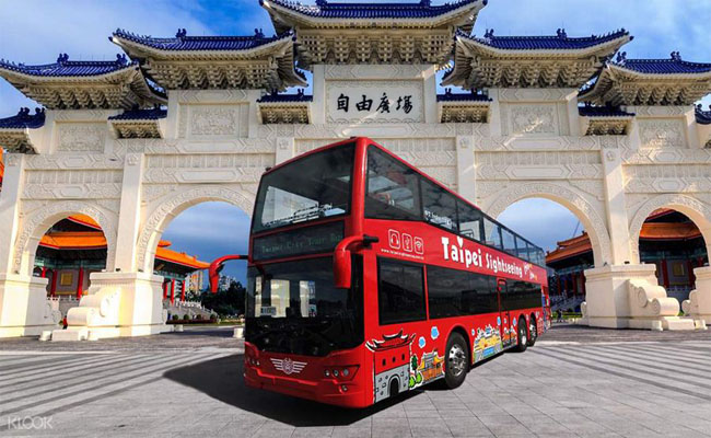 xe bus 2 tang Sightseeing 2