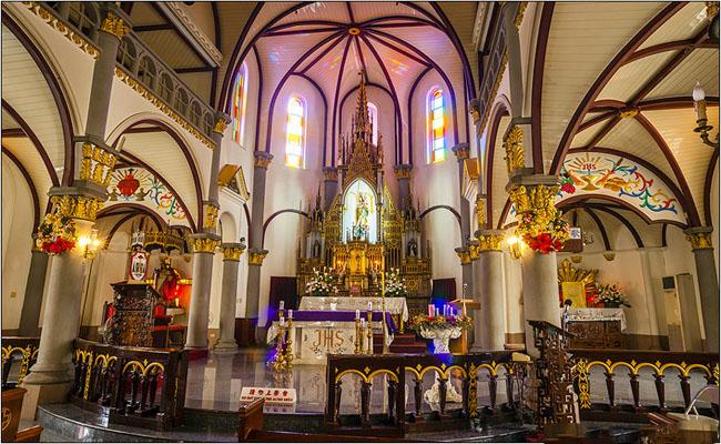 nha tho holy rosary thanh pho cao hung 1