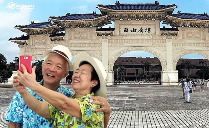 người lớn đi du lịch Đài Loan cần lưu ý những gì?